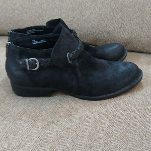 Born Sylvia Boots Womens Western Ankle Black Suede